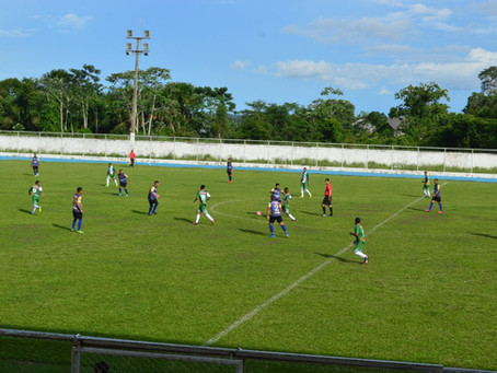 Prefeitura abre campeonato municipal de futebol de campo em Sena Madureira
