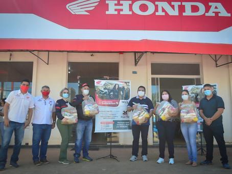 Prefeitura recebe cerca de 300 cestas básicas doadas pelo Grupo Honda Star