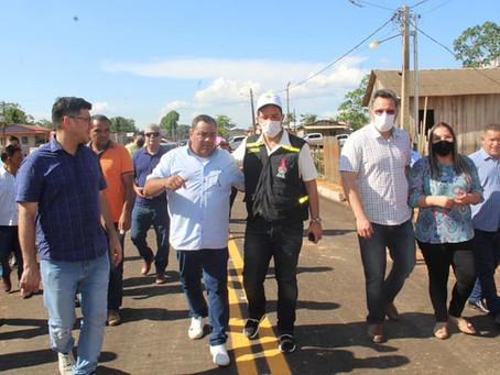 Mazinho e Gladson Entregam obras realizadas em Sena Madureira por meio de parcerias