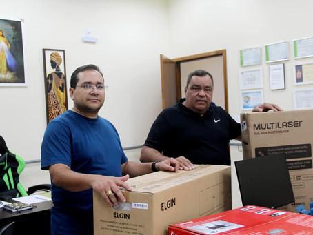Mazinho Serafim e Daniel Herculano, entregam novos equipamentos para a Secretaria de Cidadania