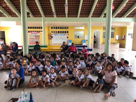 Crianças da Creche Criança Feliz recebem palestra educativas sobre o Meio Ambiente.