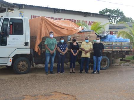 Prefeitura recebe mais de 13 mil itens de limpeza e higiene, doados pela UFAC