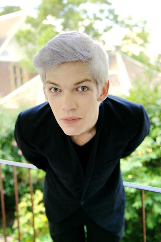 3.5 White hair