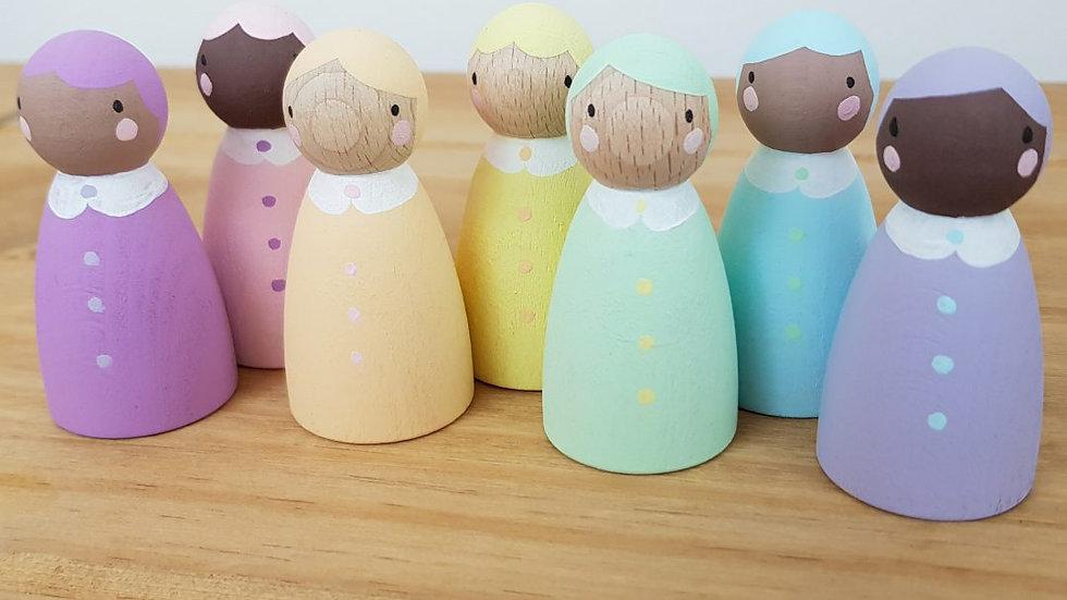Hellion Toys Pastel Wooden Peg Folk Set