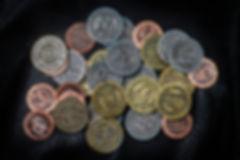 Красочные монеты