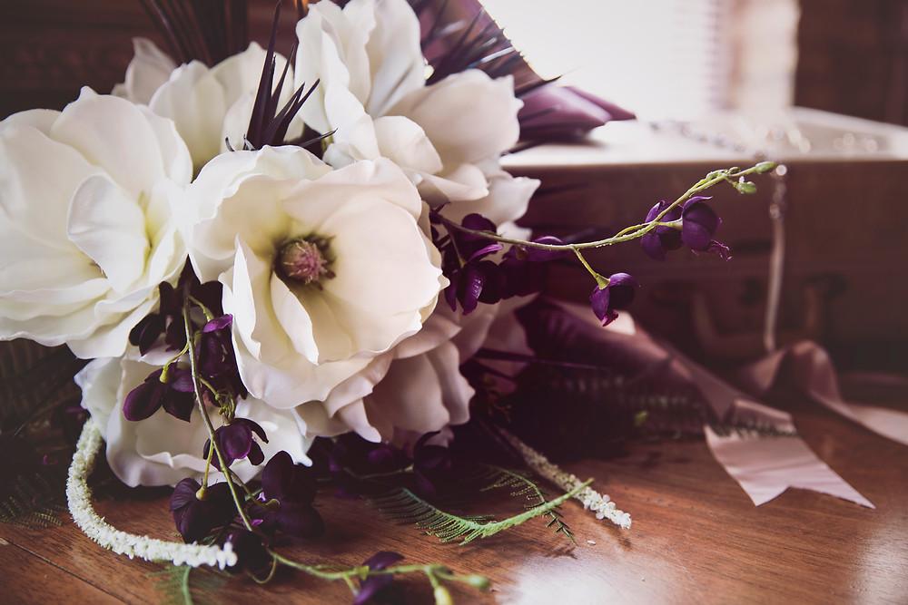wedding bouquet, milwaukee wedding, gatsby wedding, art deco wedding, stylized shoot, anniversary, wisconsin wedding, married in milwaukee, married in mke, groom, wedding details