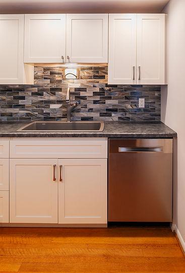 glass tile kitchen DW.jpg
