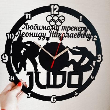 Часы для тренера