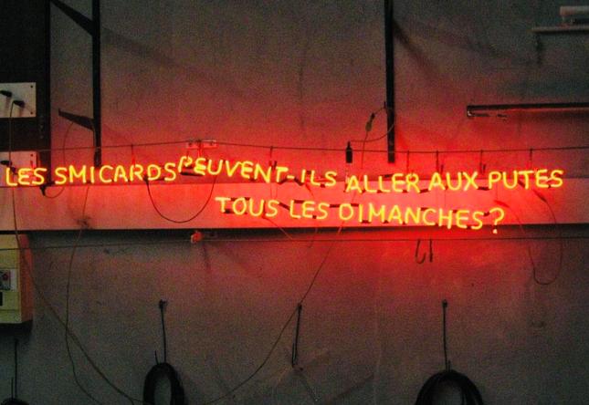 Les smicards peuvent-ils aller aux putes tous les dimanches ?, 2012 , 50/120 cm, édition de 5 et 3 épreuves d'artiste