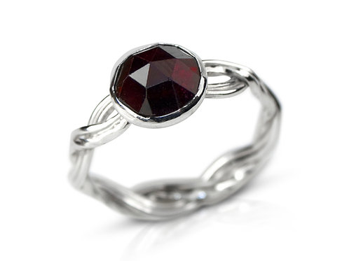 925 Sterling Silver Two Strand Woven Band Ring with Faceted Garnet