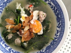 Chinese Spinach Soup with Minced Meatballs & Salted Fish