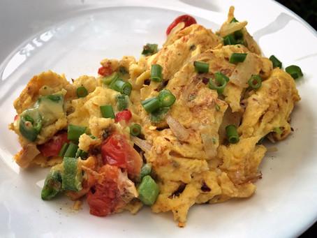 Cheesy Vegetable Scrambled Eggs