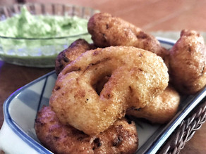 South Indian Vadai With Coriander Chutney