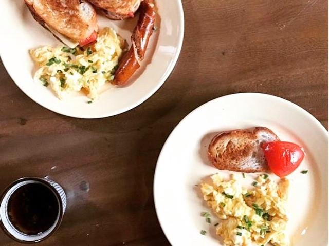How To : Creamy Scrambled Eggs