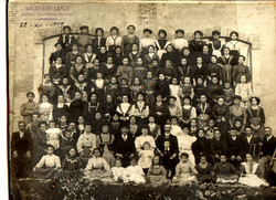 The workers' families at X-mass 1909