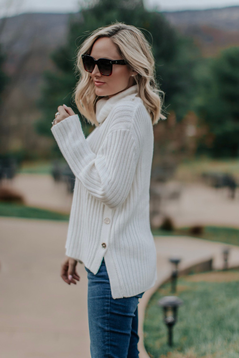 SNUGGLEABLE SWEATER JUST RIGHT FOR YOUR HOLIDAY BUDGET
