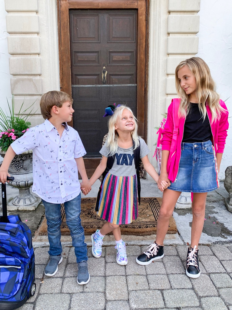 TIPS FOR MAKING BACK TO SCHOOL A BREEZE