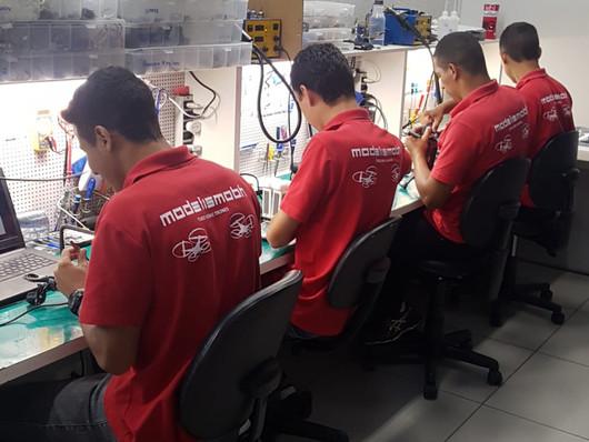 Equipe de Técnicos em Drones DJI da ModelismoBH