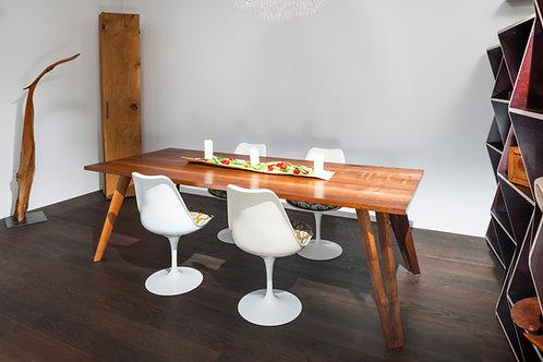 Tisch Nünalphorn
