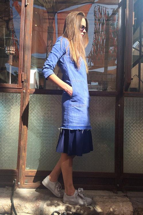 שמלת בסיס החדשה דגם 2018 ללא שרוול -צבע כחול