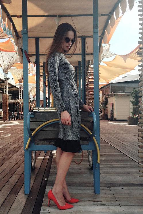 שמלת  בסיס החדשה דגם 2018 ללא שרוול צבע שחור