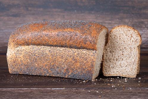 Bruinbrood met maanzaad