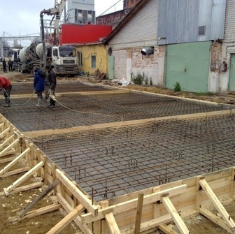 Подготовка к заливке бетона для стяжки пола