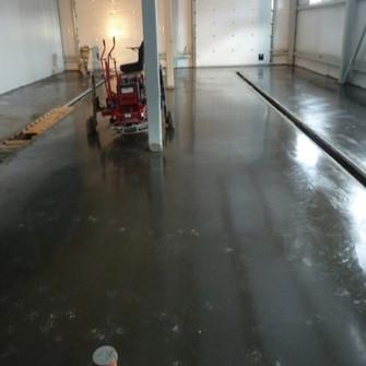 Закончена работа бетоноотделочных машин
