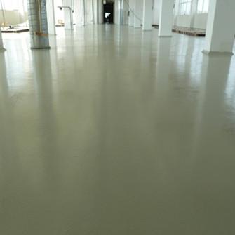 Готовый пол с химстойким полимерным покрытием Mastertop
