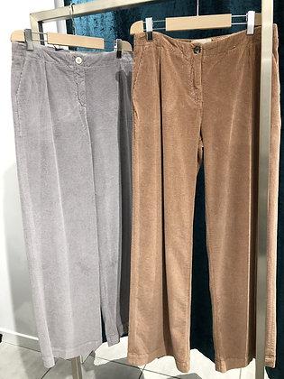 Pantaloni in velluto (Maidiremai)