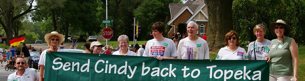 Send_cindy_Back_to_Topeka_Parade Photo d