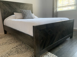 Herringbone standard bed