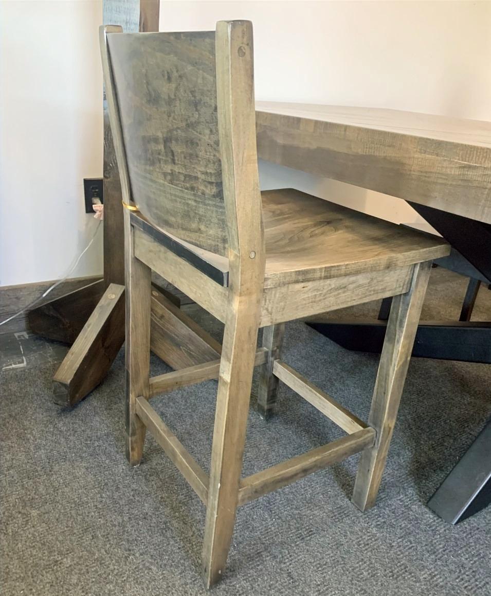 Low full back bar chair