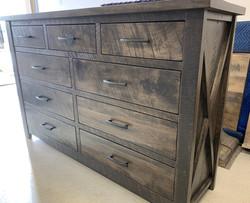 Rustix X 9 Drawer dresser