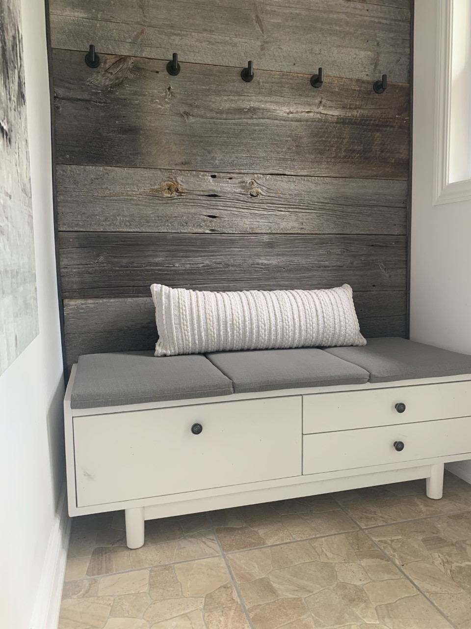 Entry bench with drawers