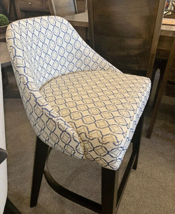Oliver bar chair