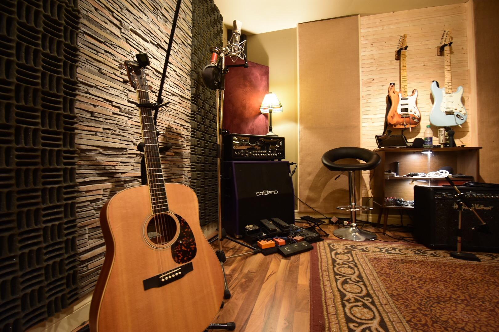 Studio A: Le Coyote