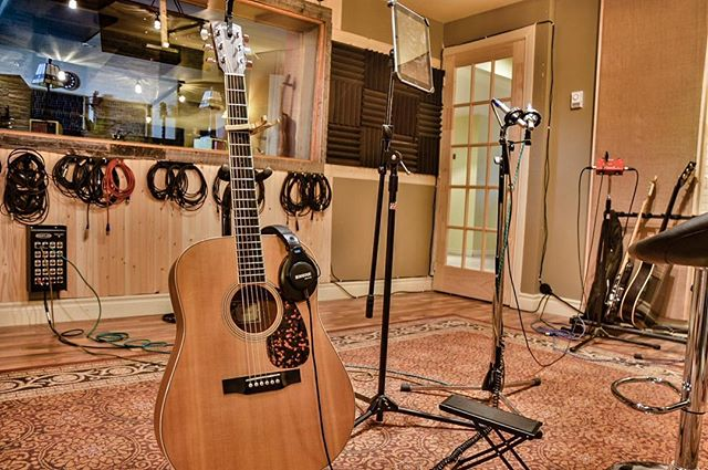 Acoustic Tracking