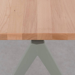 TD4 tafel cementgrijs + beuk
