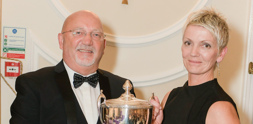 Tina Hawkes – collecting for Kelvin Broad – 1st in Class K(ii) - The Roy Lane Trophy