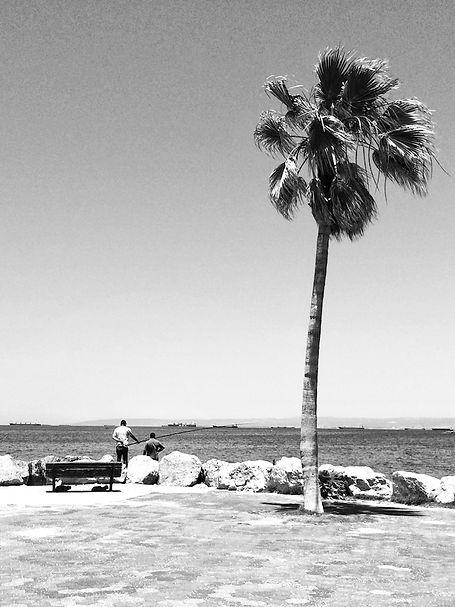 streetphotography Israel Haifa Beach photographed by Anja Schwenke alias PHOTO MOTIF