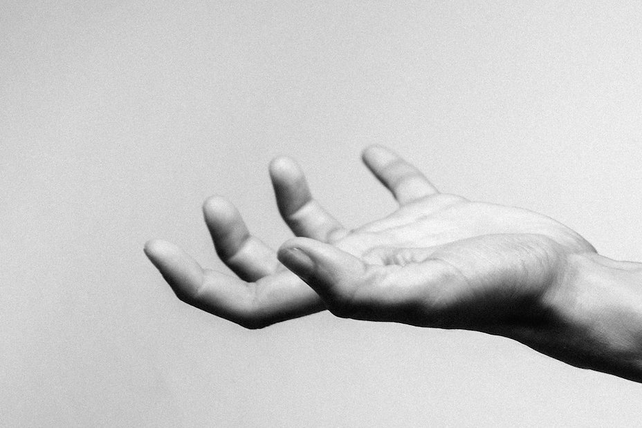 hand #1 photographed by Anja Schwenke alias PHOTO MOTIF