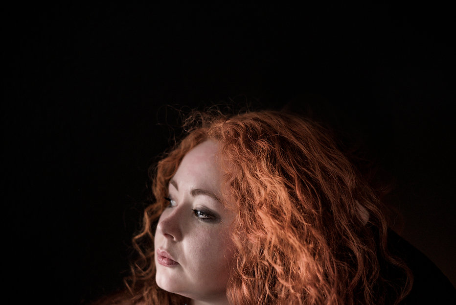 Eratos long red hair photographed by Anja Schwenke alias PHOTO MOTIF