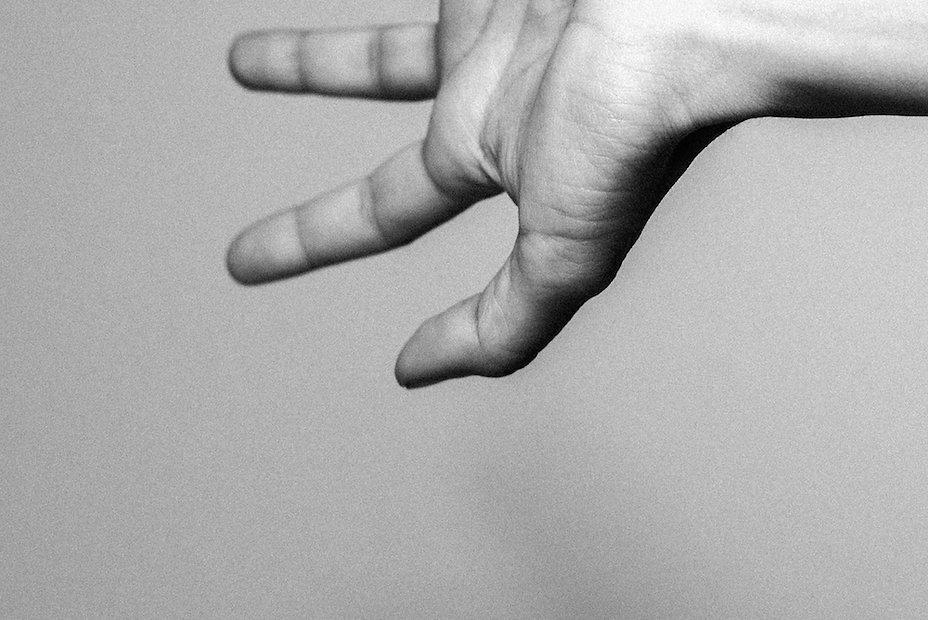 hand #2 photographed by Anja Schwenke alias PHOTO MOTIF