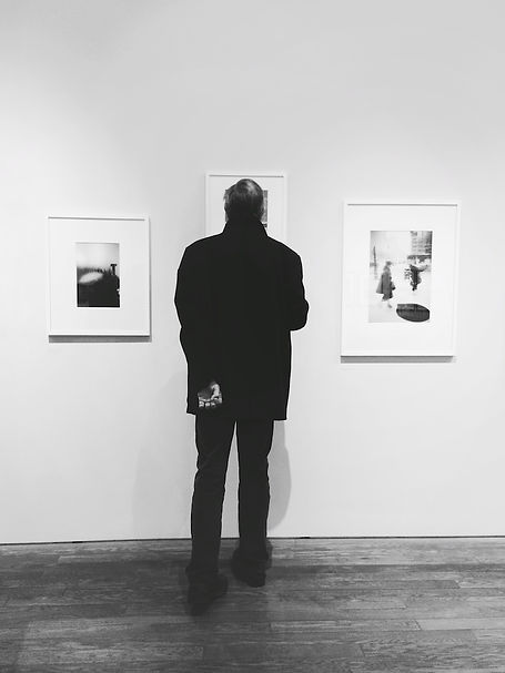 streetphotography London art gallery photographed by Anja Schwenke alias PHOTO MOTIF