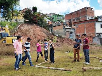 Vereador Dr. Ronaldo Onishi comemora revitalização em terreno abandonado no Pq. Albina