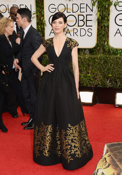 Julianna margulies in andrew gn.jpg