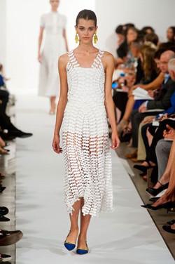 Oscar De La Renta--- The new Lace