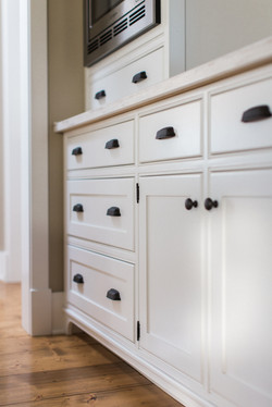 French Acreage Cabinets