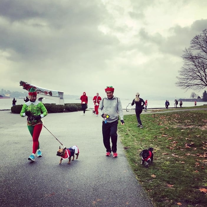 Vancouver Dog-friendly Elf Run at Stanley Park